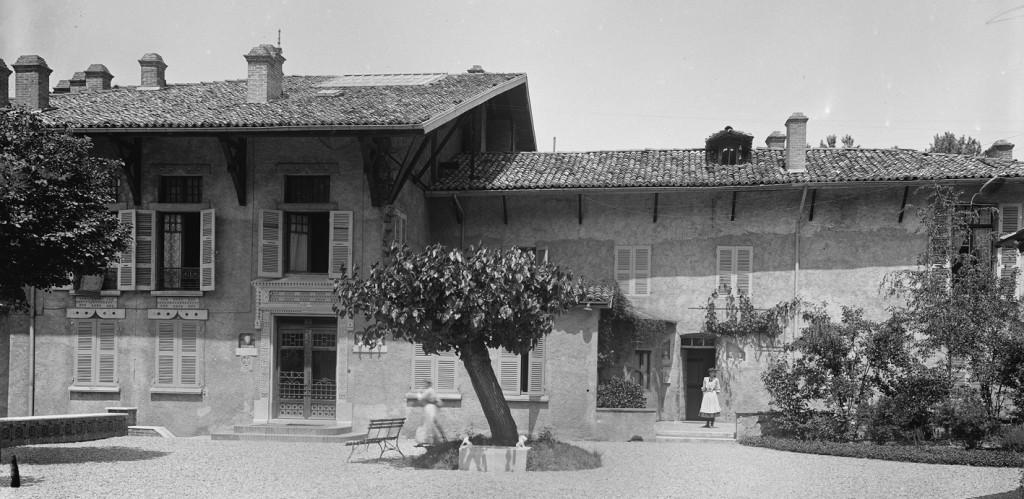 La façade sud en 1902.