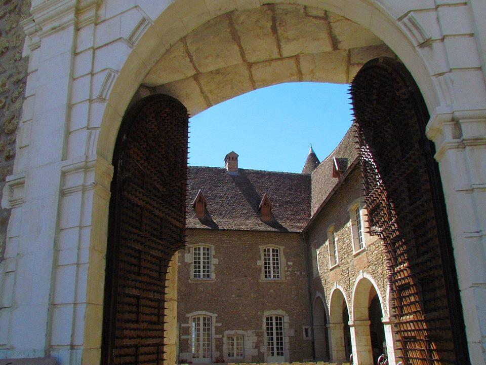 Cour des canons (2)
